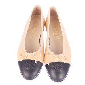Classic Chanel Ballet Flats